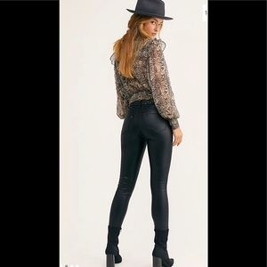Free People Coated black skinny jeans W26